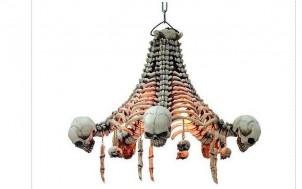 Deckenlampe-Skelette + jetztbinichpleite.de
